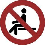 Sitzen verboten