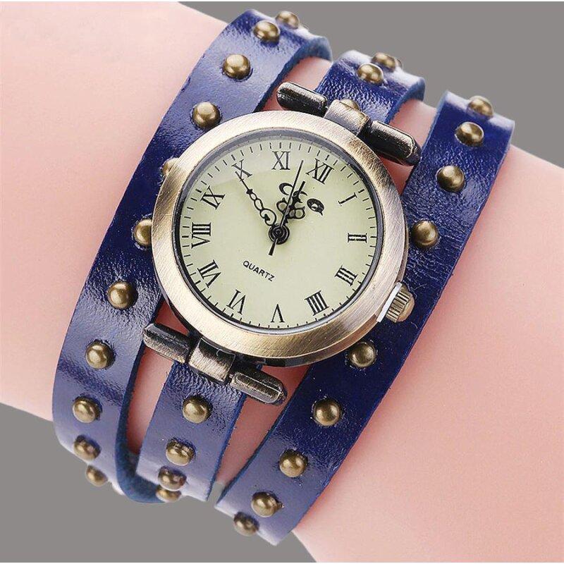 Retro Armbanduhr in Blau