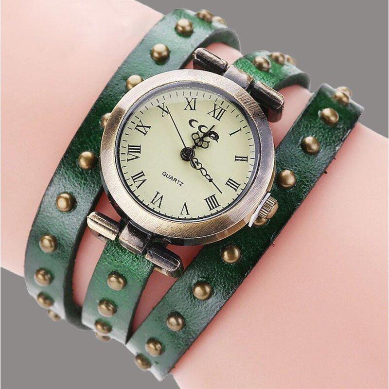 Retro Armbanduhr in Grün